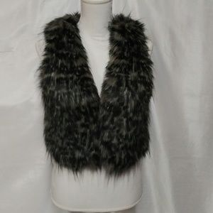 Rezrekshn by Esther Chen Black Gray Faux Fur Vest